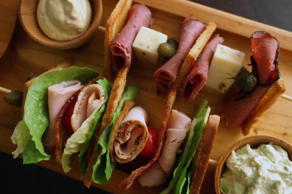 pastrami on rye + club sandwich skewers.