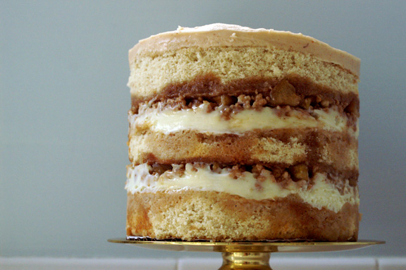 apple pie layer cake: a tutorial.