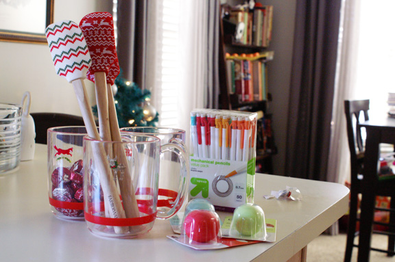 easy holiday teachers' gifts.