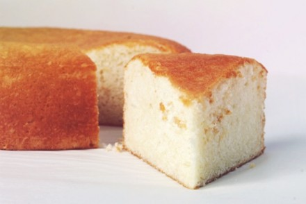 the best white cake ever, circa 1958.