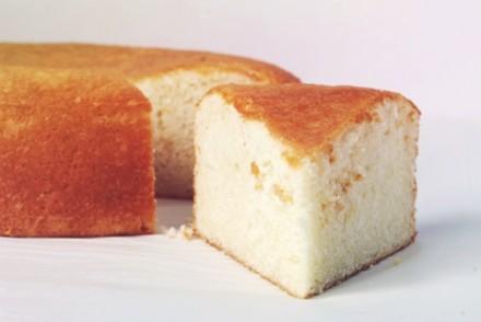 the best white cake ever, circa 1958.