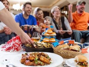 Super Bowl: Feast Eats