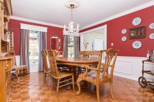 dining room from kitchen - old